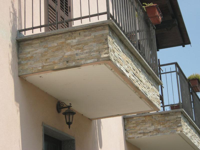 Stangoni balconi